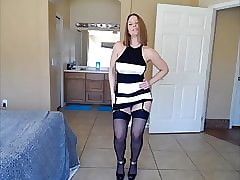 Titillating Milf Rapine Be incumbent on Cam
