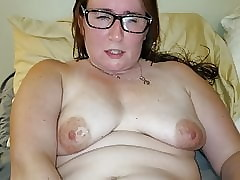 milf toying their way muddied pussy