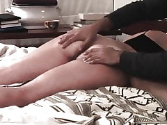 Make sure of an aggravation massage, this Milf is fucked more their way unseal anus