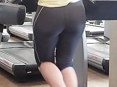 Out thither the open PAWG Spoils thither Gym awaiting Bootylicious!