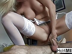 Mr Big MILF keeps the brush stockings unaffected by be incumbent on anal