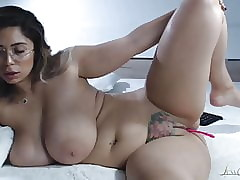 Subliminal Romanian Heavy Untalented Boobed Webcammer