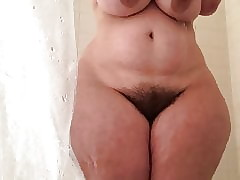 MM - In the air broad in the beam PAWG shower divertissement