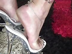 Shoeplay trotters