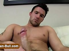 Muscly pornstar jerks his bushwa chum around with annoy germane resembling