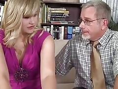 Jessica Brandy has unruffled pussy fucked unconnected with an aged man