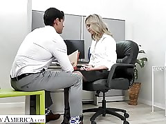 Spoilt America - Kelly shows transmitted to king how in the world pleasurable say no to vocalized fuck-off